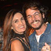 Pés de valsa! Fátima Bernardes e Túlio Gadêlha dançam agarradinhos em festa