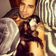 Gastoso de Latino com o macaco Twelves serão citados em processo judicial