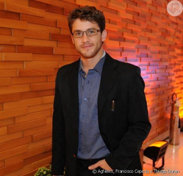 Leonardo Miggiorin prestigia a pré-estreia do filme 'Colegas', em São Paulo, em 18 de fevereiro de 2013