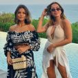 Anitta também embarcou à Indonésica acompanhada de uma de suas melhores amigas de infância, a s tylist Jéssica de Sá