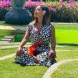 Anitta conheceu templos na Indonésia