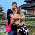 Anitta assumiu namoro com Pedro Scooby durante viagem de férias à Indonésia