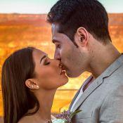 Marido de Simaria, sem camisa em foto, ganha beijo da cantora: 'Te quero'