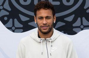 Neymar recebe carinho do filho, Davi Lucca, após acusações: 'Porto seguro'