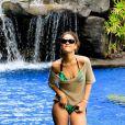A caribenha curtiu as férias no início de 2011 em Havaí. Ela gostou tanto que voltou em fevereiro deste ano