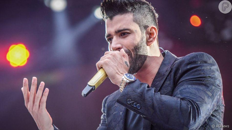 Gusttavo Lima é ovacionado por reação a fã que jogou água nele em show em vídeo viralizado nesta terça-feira, dia 25 de junho de 2019
