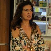 Ombros vazados: Fátima Bernardes usa tendência de moda em look. Fotos!