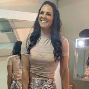 Graciele Lacerda mostra corpo sarado de cropped e minishort em foto: 'Motivação'
