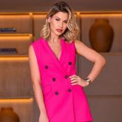 Toda de rosa: Andressa Suita usa look em alfaiataria e comparada à Barbie. Foto!