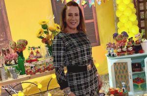 Maxifivela, vestido xadrez e half ponytail: o look de Festa Junina de Zilu