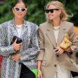 Óculos com armações diferentes das lentes também foram hi no street style da Semana de Moda de Copenhagen