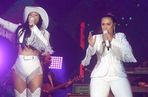 Simone e Simaria usam look branco com brilho em show: 'De pedra, uns R$ 20 mil'