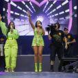 Simone e Simaria usaram looks cheios de trends no Brazilian Day
