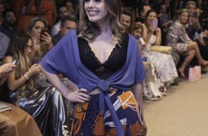 Lingerie à mostra: Thaeme Mariôto usa trend e deixa barriga de fora em desfile