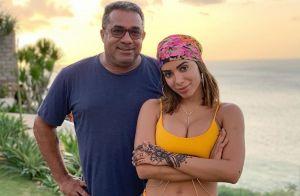 Pai de Anitta conta que jatinho da cantora enfrentou forte turbulência: 'Tenso'