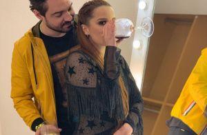 Fernando faz surpresa para namorada, Maiara, com ajuda do pai dela: 'Cúmplice'