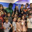 Simaria e marido, Vicente, viram Mulher Maravilha e Super Homem em festa. Confira vídeo postado nesta quarta-feira, dia 11 de setembro de 2019