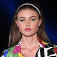 Primavera/verão 2020: maquiagem colorida e tiara para cabelo são tendências para as estações mais quentes do ano