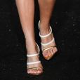 Primavera/verão 2020: sandálias de tira deixam os pés à mostra e dão um up no visual