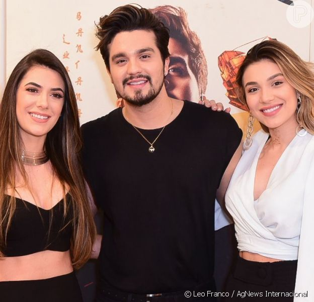 Luan Santana posou com a noiva, Jade Maganhães, e a irmã, Bruna, antes de seu show neste sábado, 14 de setembro de 2019