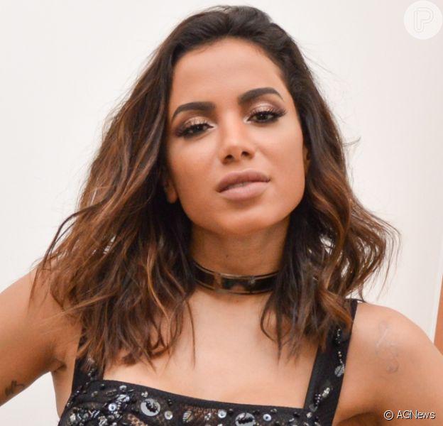 Anitta tentou romper namoro com Pedro Scooby por três dias