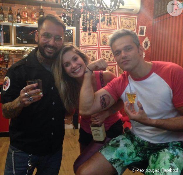 Flávia Alessandra e Otaviano Costa fazem suas primeiras tatuagens no estúido Kiko Tattoo, no Rio de Janeiro, em 16 de outubro de 2014