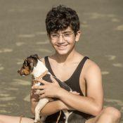'Éramos Seis': Julinho é quase atropelado por bonde para resgatar cachorro