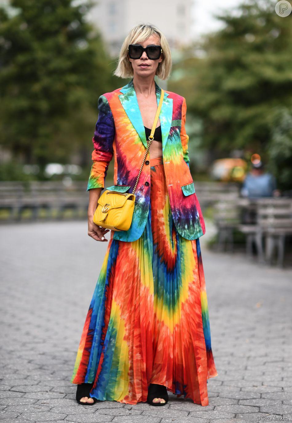 Moda verão 2020: para quem ama tie dye e não tem medo de ousar ...