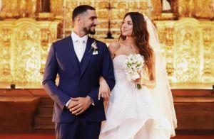 Vestido de noiva de Thaila Ayala: mapa astral e detalhe do 1º encontro com ator