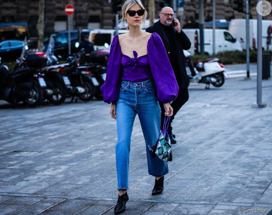 Se você não pode abrir mão da calça jeans no verão, aposte nos modelos mais soltinhos, como a calça reta
