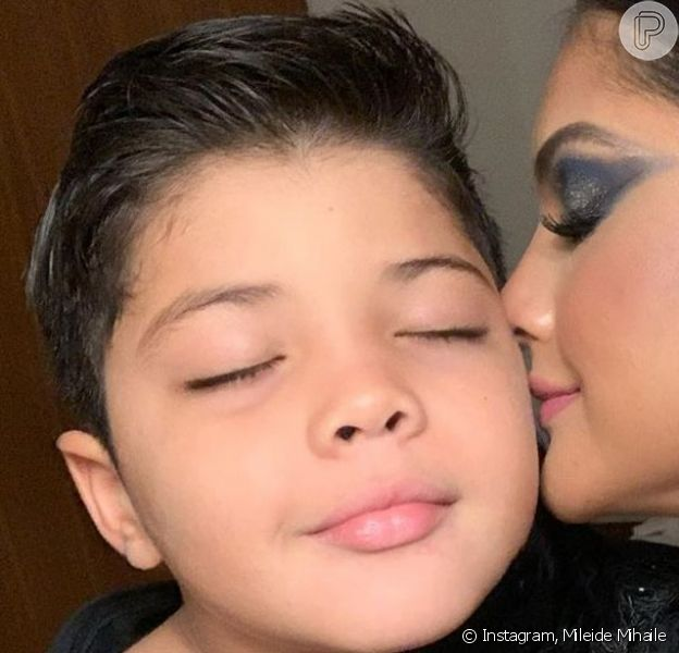 Filho de Mileide Mihaile chamou atenção pela semelhança com pai, Wesley Safadão, em foto