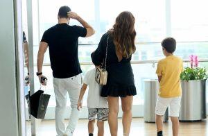 Folga em família! Juliana Paes é clicada com marido e filhos em passeio no Rio
