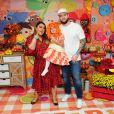 Preta Gil e o marido, Rodrigo Godoy, posaram com a aniversariante