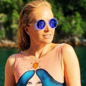 Angélica posa com body estiloso e ganha elogios de famosos: 'Que maravilhosa'