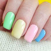 8 ideias de nail arts e esmaltes coloridos para arrasar no verão
