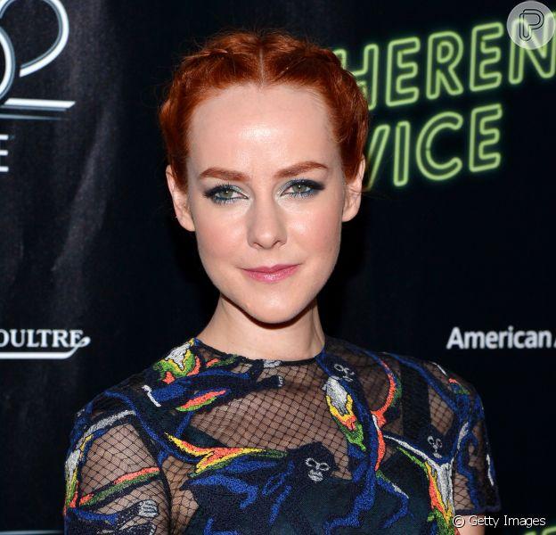 Jena Malone fará papel  de Robin, no novo filme do Batman, afirma revista americana
