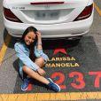Larissa Manoela mostrou que tinha uma vaga com seu nome no estacionamento do SBT