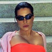 Cleo posa de biquíni trendy em fotos e arranca elongios da web: 'Zero defeitos!'