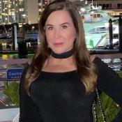 Zilu alia vestido preto com bolsa clássica e ganha elogio: 'Essência transborda'