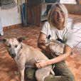 Giovanna Ewbank chamou atenção em foto por exibir recuperação da pet