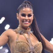 Top de brilhante e saia com franjas: o look de Munik Nunes em ensaio de Carnaval
