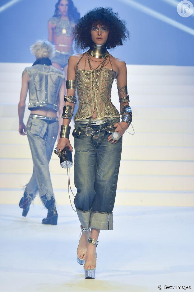 Calça reta é trend da Primavera/Verão em desfile do Jean-Paul Gaultier na alta-costura de Paris