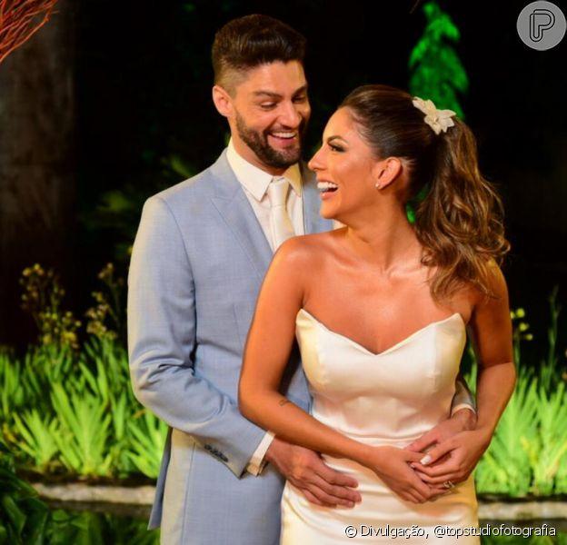 Munhoz, da dupla com Mariano, se casou com a veterinária Rhayssa Carvalho