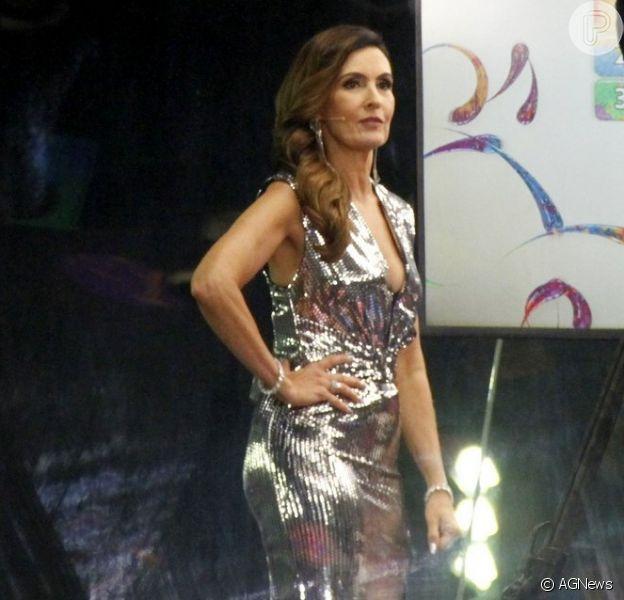 Look de Fátima Bernardes roubou a cena no Carnaval neste domingo, 23 de fevereiro de 2020