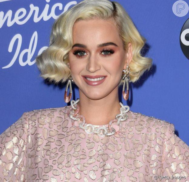 Acidente? Katy Perry diz que gravidez foi planejada em entrevista a uma rádio norte-americana