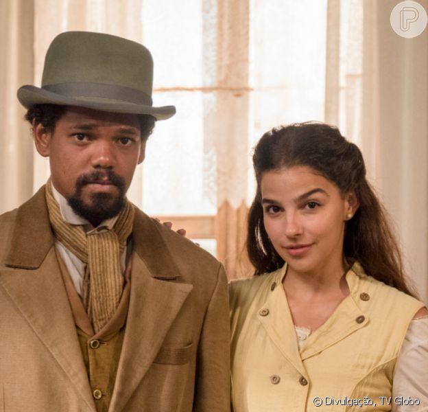 Novela 'Nos Tempos do Imperador': Pilar (Gabriela Medvedovski) salva a vida de Jorge (Michel Gomes) durante a fuga do escravo