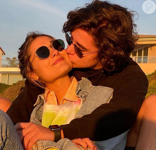 Sasha Meneghel está namorando!