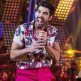 Gabriel Diniz ganha homenagem em último show