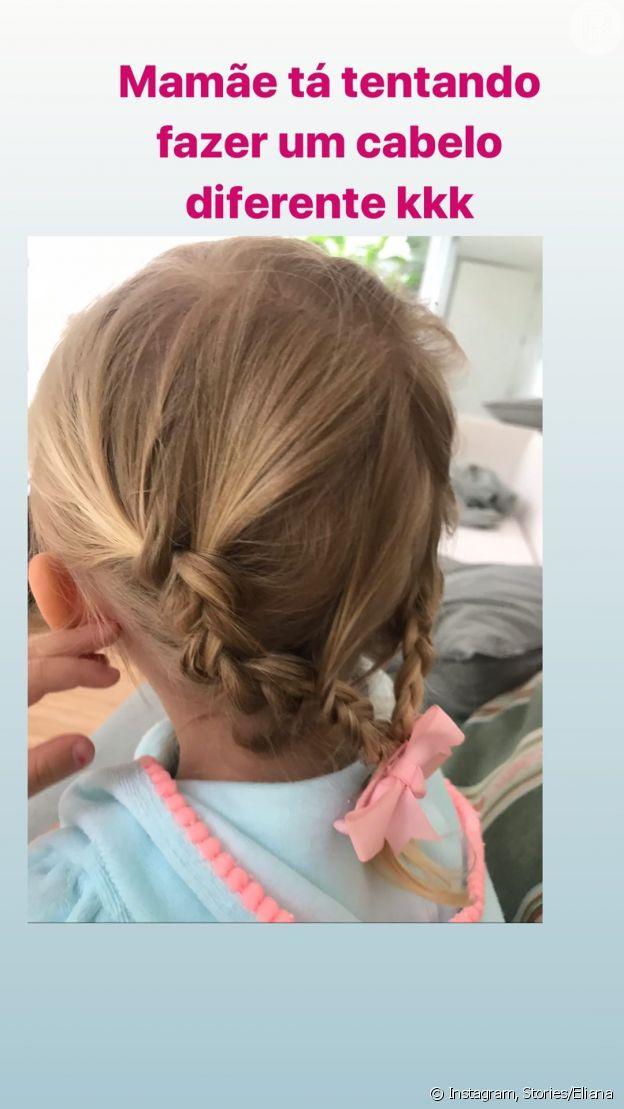 A apresentadora Eliana mostra foto de penteado feito por ela na filha