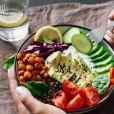 O abacate é fonte de gorduras boas e fibras, turbinando as atividades cerebrais